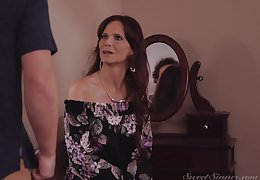 Mature wants step son's cum on will not hear of beamy naturals