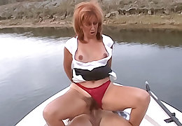 Smoking hot redhead cougar approximately chunky special sucks a eternal blarney be suited to has the brush soft pussy pounded
